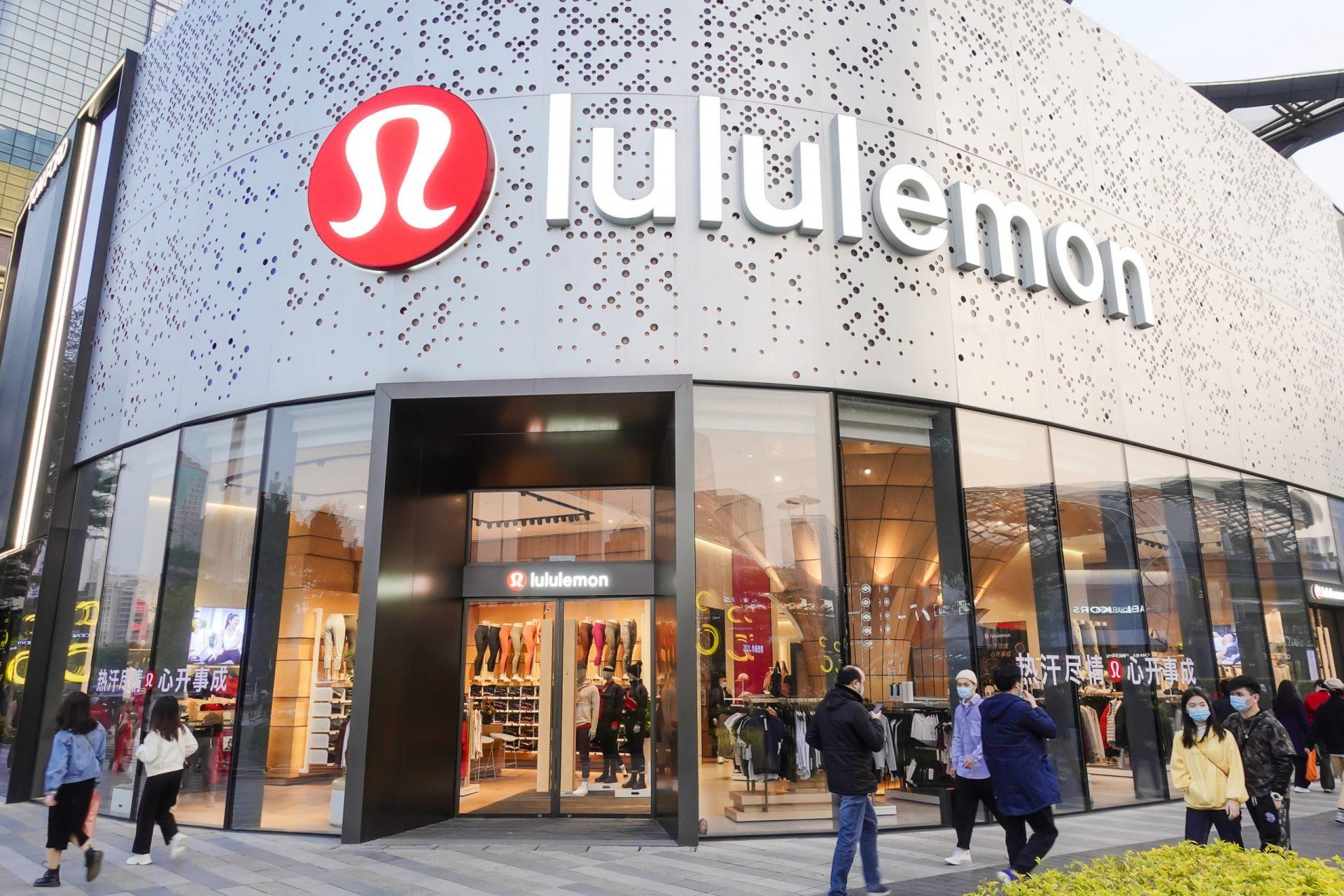 Lululemon Goes Big