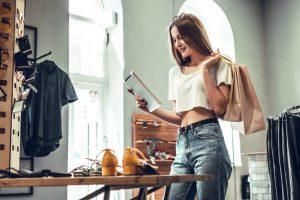 The Bizarro World of Women's Clothes Shopping
