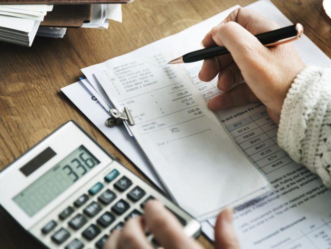 How to Establish a Realistic Home Budget