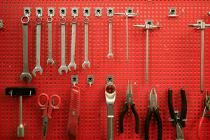 Wanna-be handyman's guide to dogs and hand tools